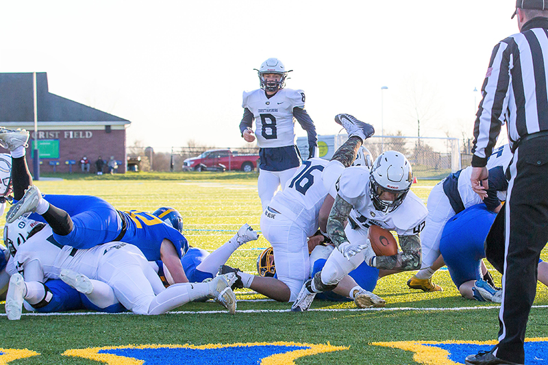 Christiansburg takes Battle of the Burgs, claims final playoff spot